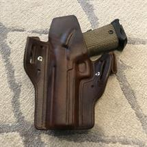 Pure_Kustom_Holsters_Customer_Photo_STI_Costa_Carry_Comp_04